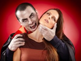 How to Give a Hickey to a Girl or Guy on Neck