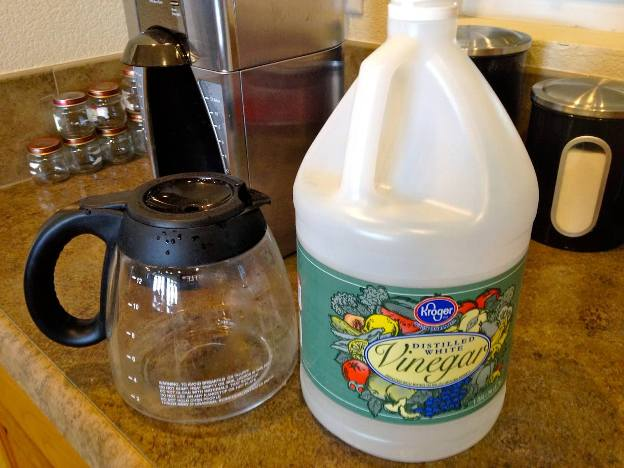 How to clean your coffee maker? - Green House Center