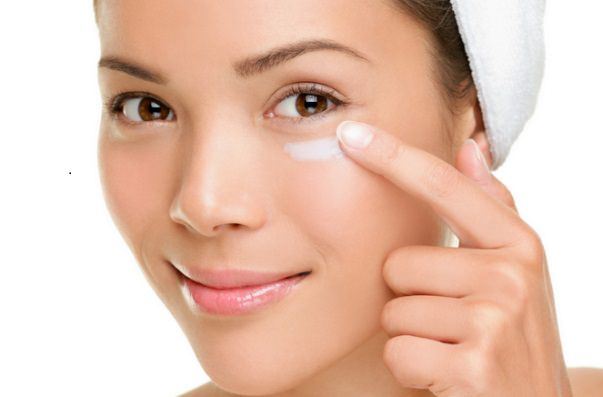 How to Reduce Puffy Eyes Quickly