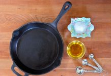 How to Season a Cast Iron Skillet?
