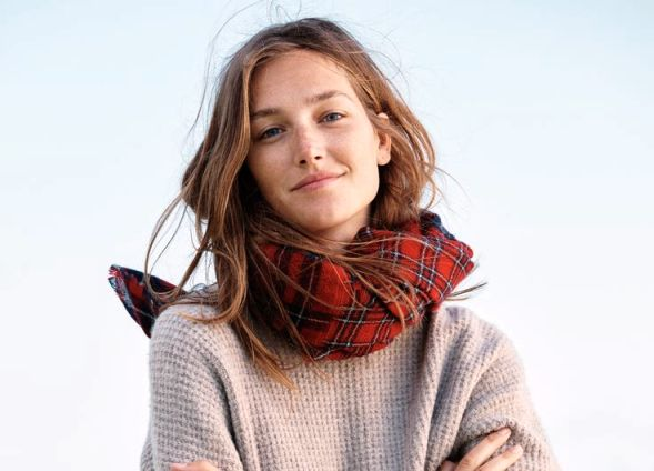 How to wear a scarf (Turtle neck)