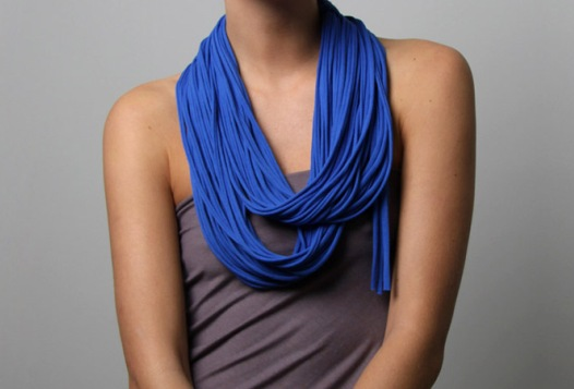 How to wear a scarf ( infinity loop)
