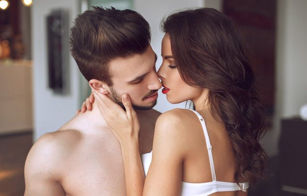 what is the best way to hook up with a girl