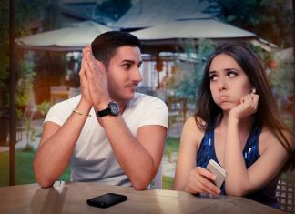 How to Know if a Shy Girl Likes You