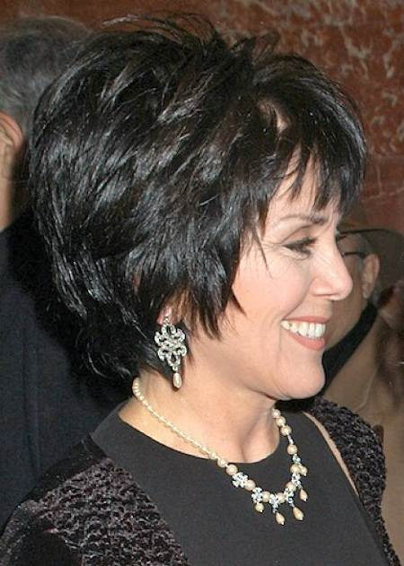 black short shag short hairstyles for wom