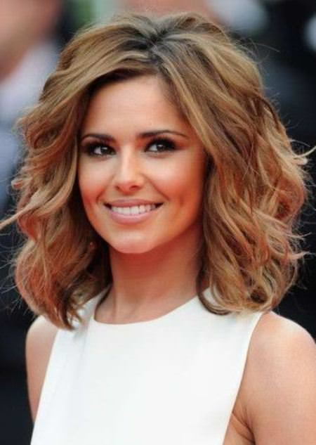 style for shoulder length hair 20 medium length haircuts for thick hair 2768
