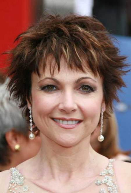 spiky pixie short hairstyles for women over 50
