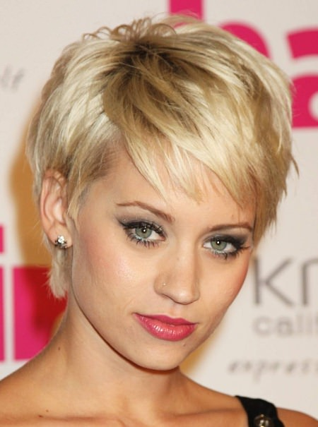 disconnected pixie short hairstyles for fine hair