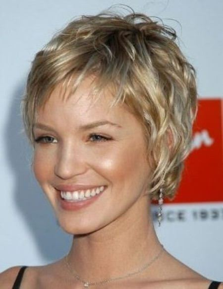 feathered pixie short hairstyles for fine hair