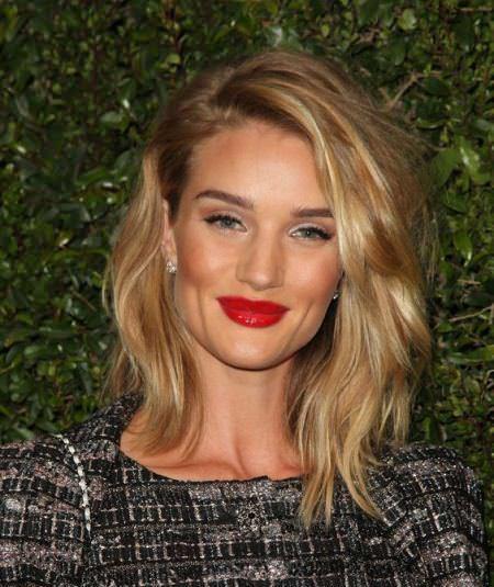 20 Medium Length Hairstyles For Women