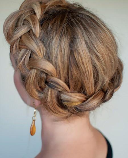 simple crown braid hairstyle crown braids