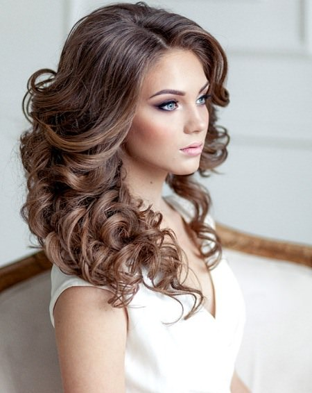textured and teased wedding hairstyles for long hair