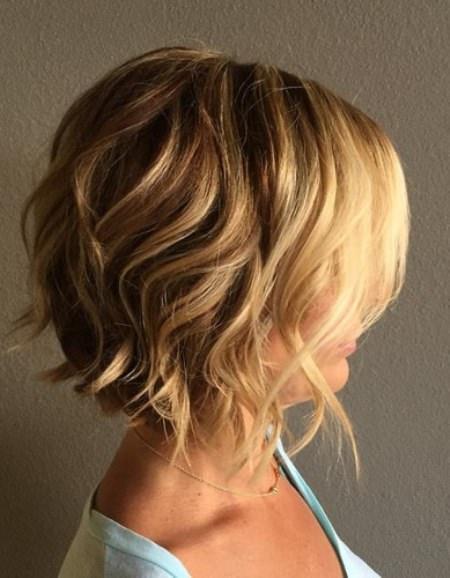 wavvy sassy bob style curly hair