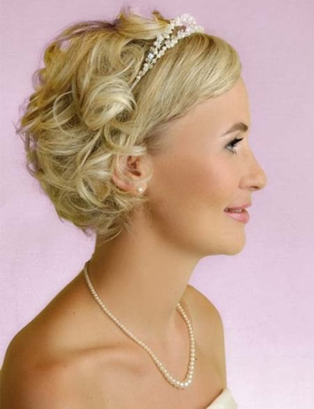 Curls for short wedding hair wedding curly hairstyles