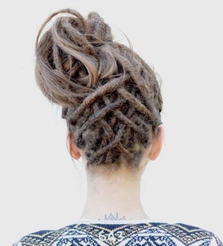 messy lattice crown dread locks for women